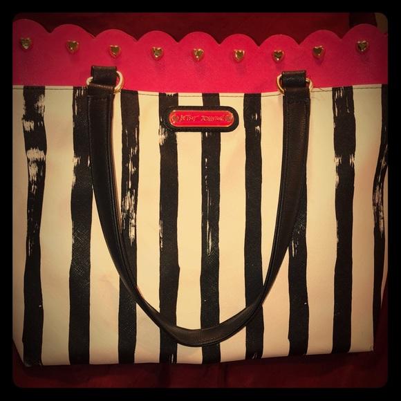 Betsey Johnson Handbags - Betsey Johnson purse
